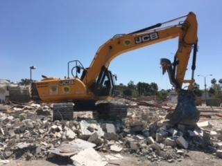 Excavators (all)
