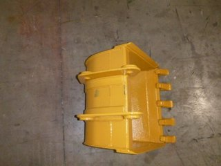 Melroe 24 INCH MINI EXCAVATOR BUCKET