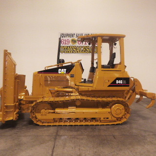 Medium squared 014.jpg 2004 caterpillar d4g