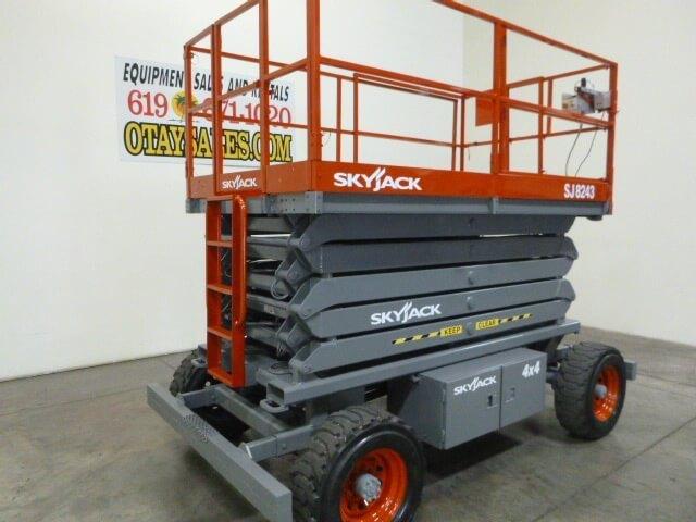 SkyJack SJ8243