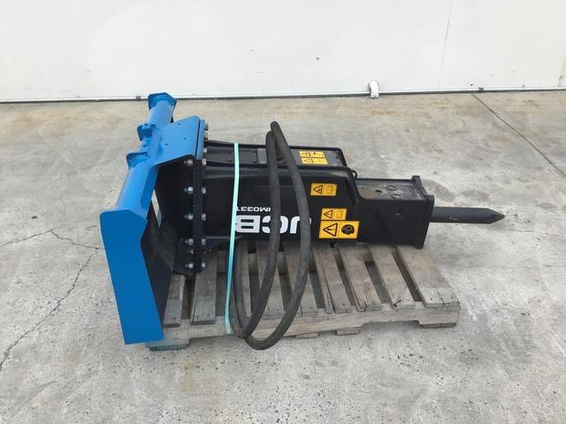 JCB HMO33T