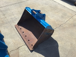 "EFI 36"" MINI EX BUCKET"